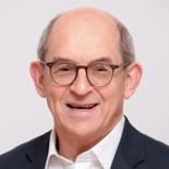 Adrian Berg, Consultant headshot