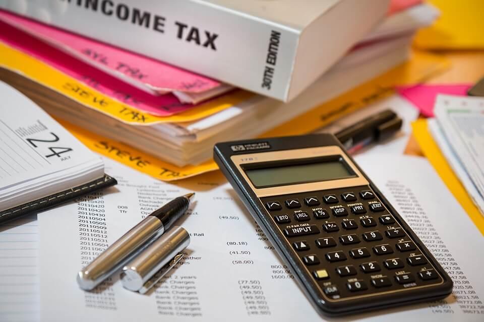 income tax accountant